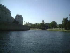 Aaaaah, l'été à Paris, que c'est beau !