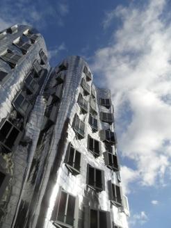 Modern Architecture (107)