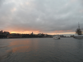Towards Gamla Stan (110)