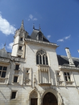 1. Bourges (20)