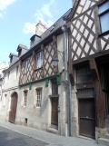 1. Bourges (46)