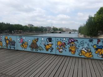 Love-locks bridge (9)