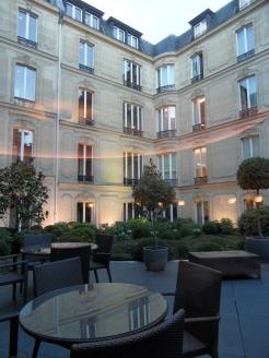 4. Au Fouquet's (12)