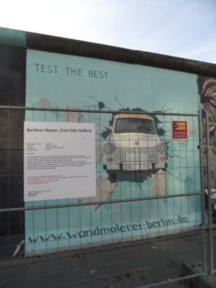 Berliner Mauer - East Side Gallery (82)
