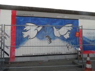 Berliner Mauer - East Side Gallery (32)