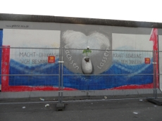 Berliner Mauer - East Side Gallery (35)
